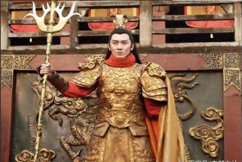 隋唐时期一猛将,320斤的兵器用得出神入化,轻松打败3大绝世高手