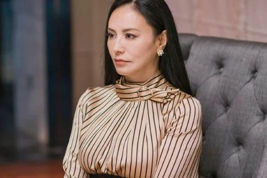 """与马景涛相恋4年,在《都挺好》里出演""""花瓶"""",用背影征服观众"""