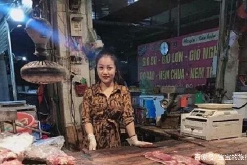"""越南90后小姐姐卖猪肉走红网络,人称""""猪肉西施""""!"""