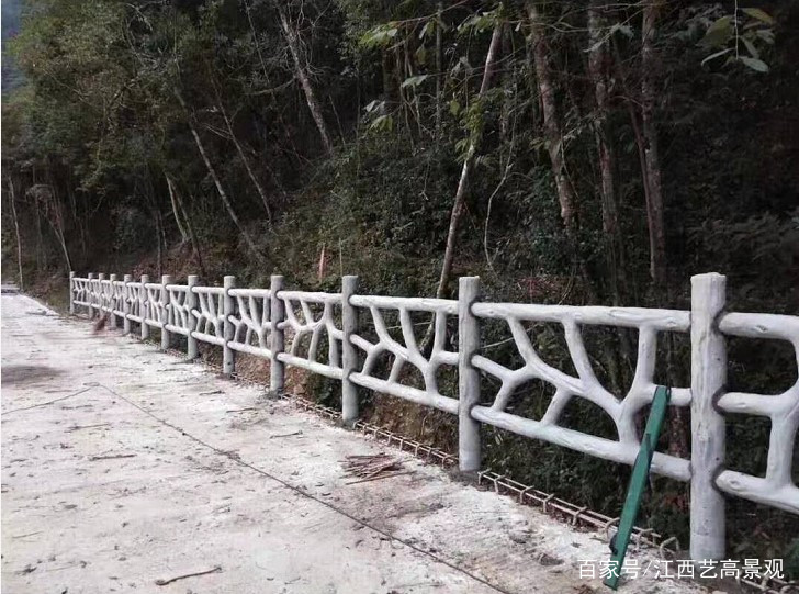 广东1.8米异形仿木栏杆