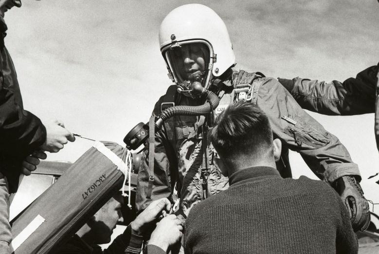首次披露,绝密侦察机飞行细节遭曝光,曾被我国打下6架
