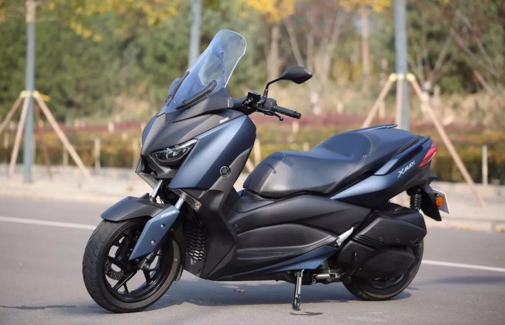 降价1.3万,大贸雅马哈XMAX300亮相,新售价你满意吗?