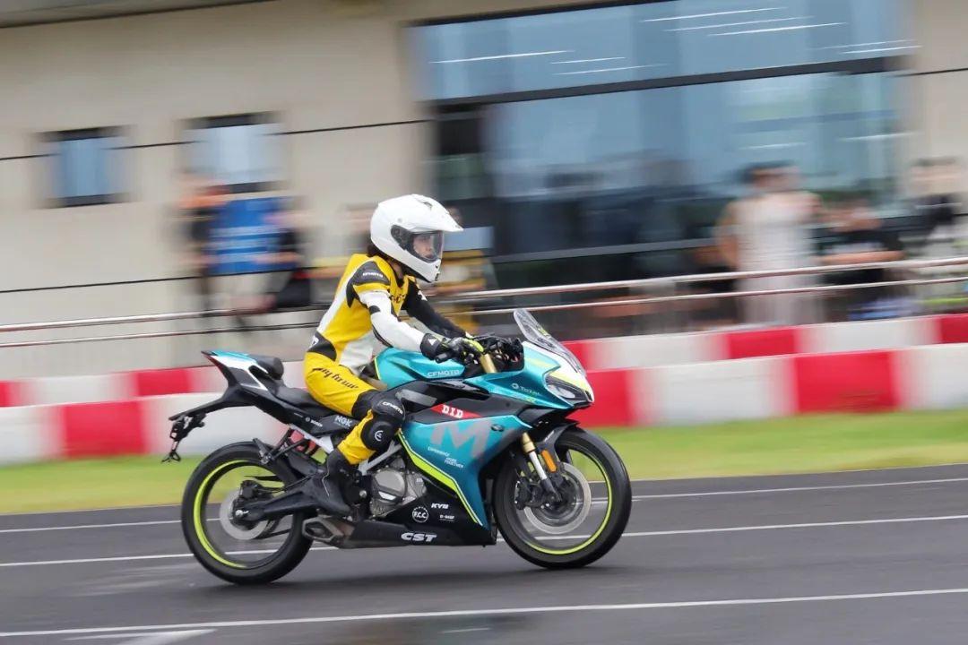 连刷两日株洲赛道,2021春风摩托250SR赛道体验!