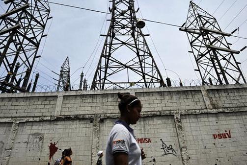 委全境再次被美断电,俄连续抢修21小时失败,华人工程师一招搞定