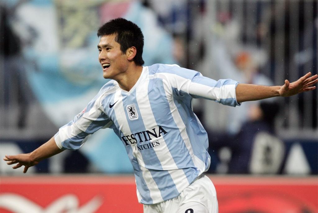 他留洋德国9年,是上个在五大联赛进球中国球员!今在国家队任职
