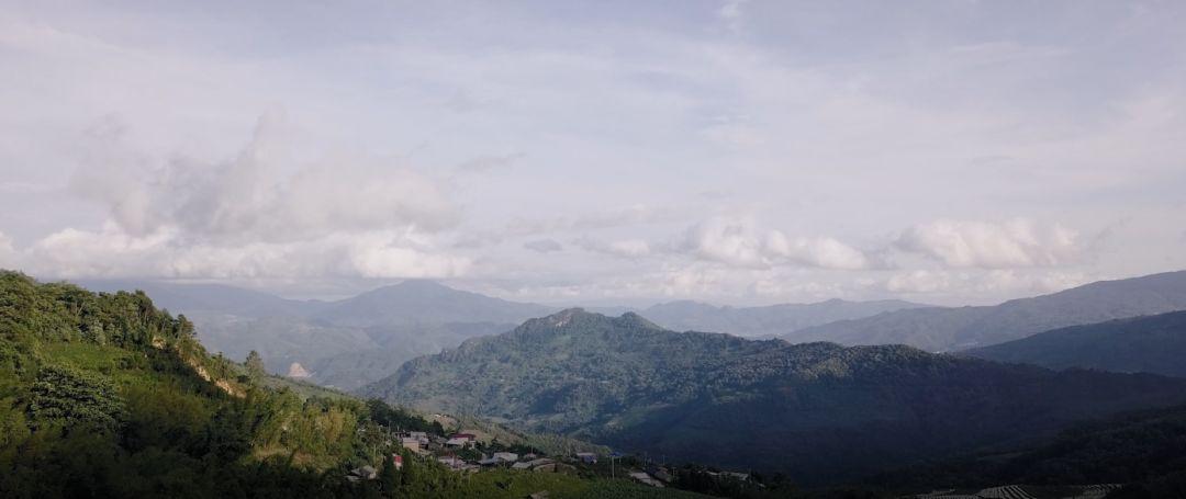 佤邦客装修花千万,中缅边境上演零售风云