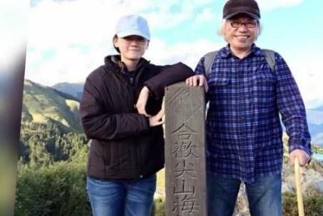 62岁李坤城与23岁女友相恋已6年,男方:没有我她会活得很辛苦!