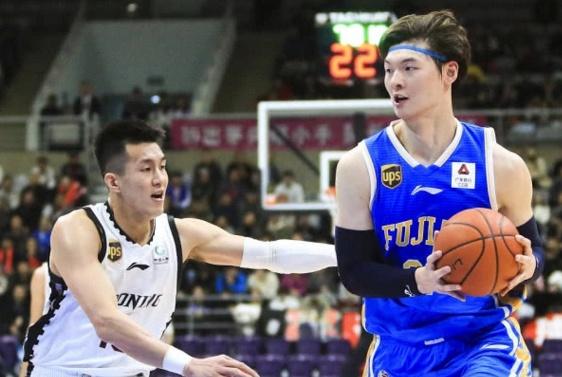 CBA季后赛:国内球员领跑得分和篮板榜,李楠:他俩应同时当选MVP