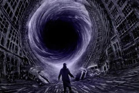 如果人类掉进黑洞,是否有机会存活?科学家认为并非只有绝路