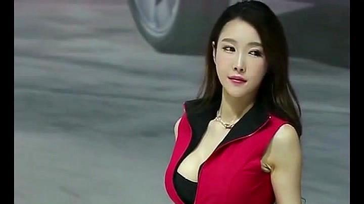 漂亮的韩国车模小姐姐,五官精致,越看越好看!