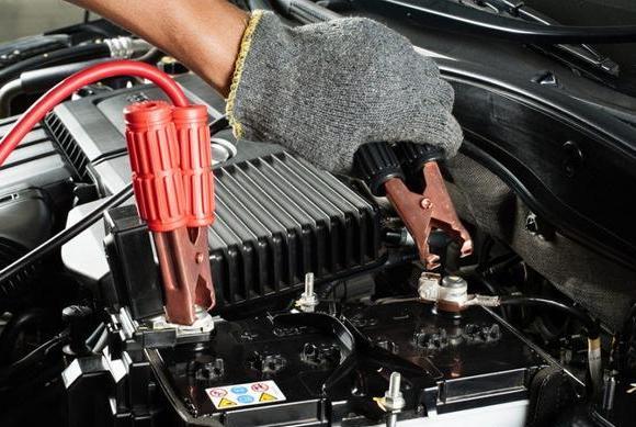 汽车电瓶没电了不要怕,试试这样启动发动机