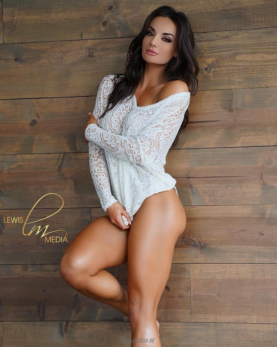 美国健身模特秀完美身材