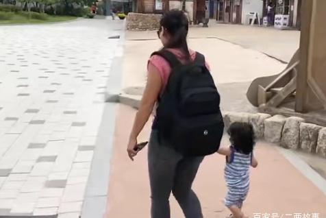 春节外出,有娃的宝妈们看过来,带上这些轻松应付各种情况