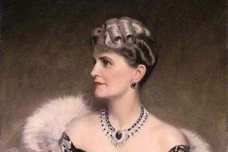 她曾是美国最富有的女人,生前狂买卡地亚,特朗普住她的二手房