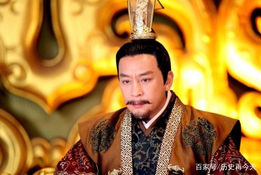 赵匡胤随口作了半首诗无人能续,四百年后此人对出,成千古名句