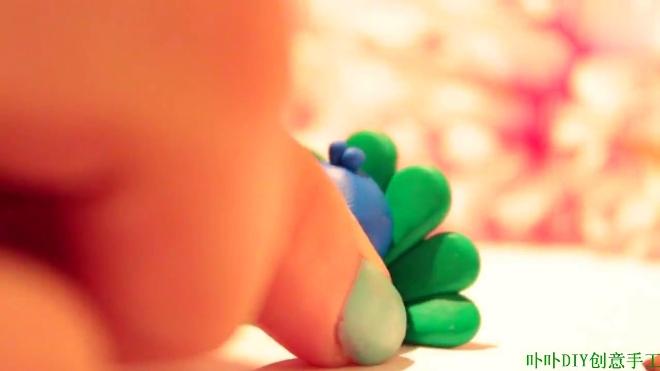 粘土软陶手工:diy创意手工制作迷你可爱的孔雀小饰品