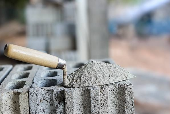 水泥行业管控力度日渐增强,上半年整体需求偏乐观,寻找西北机会