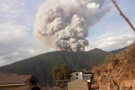 凉山木里县发生森林火灾 失联30人中包括县林业局局长