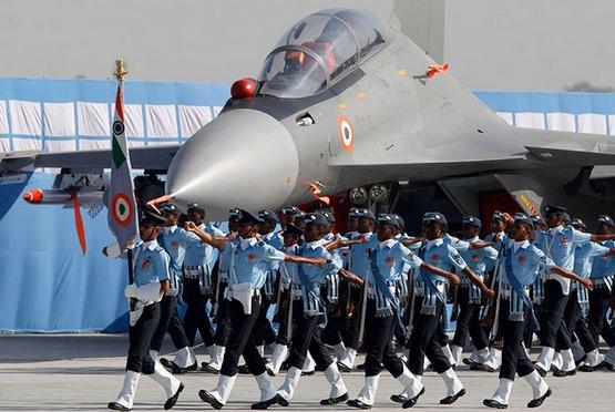 耗时30年服役不足10架!印度想扩大国产战机生产线,结果毫无悬念