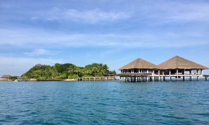 高龙岛总面积约78 平方公里,位于泰国湾东北部!