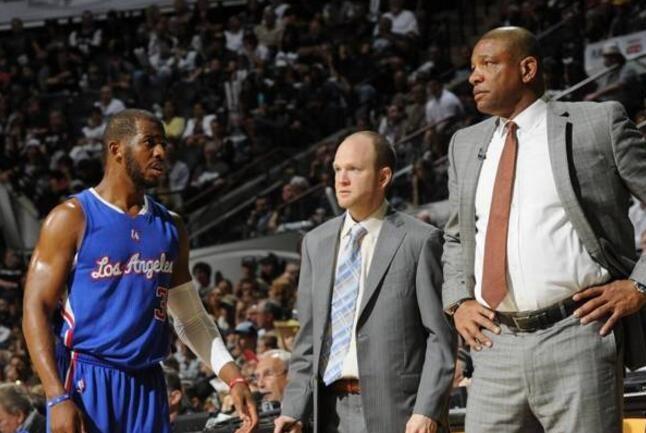 NBA中的神人,有一个让人看不懂的操作,谁打的好就卖谁?