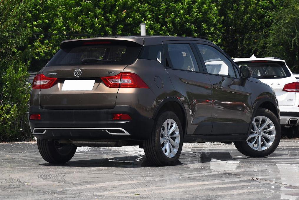 国产良心SUV,全系官降1万5,尺寸比肩XRV,进口变速箱,仅5万起