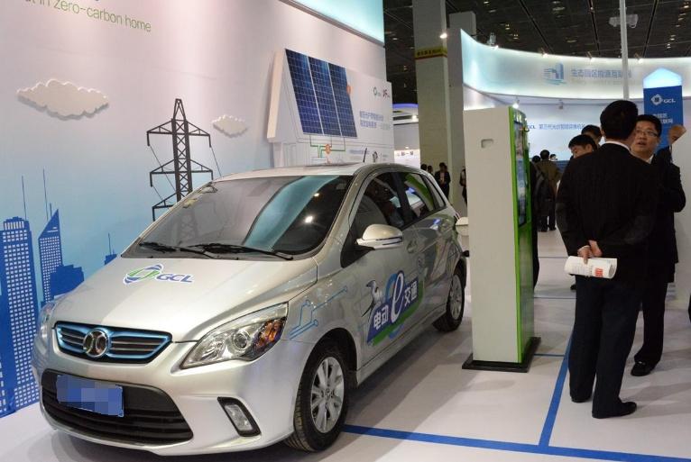 """为何""""新能源汽车""""如今越来越卖不动了?看完缘由,后悔太迟知道"""