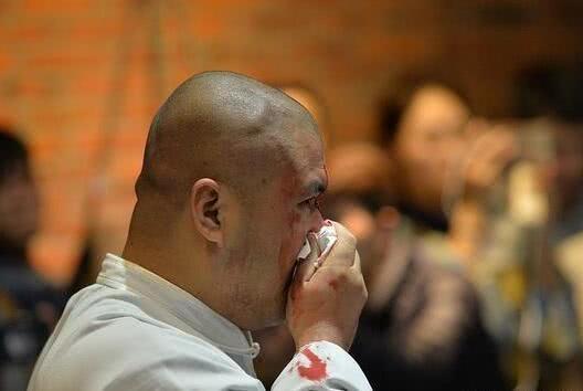 八极拳名师徒吴连枝仇宝龙皆痛批太极雷雷,赢得格斗狂人尊重