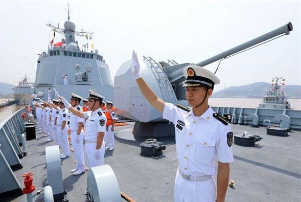 要服役了?055大驱出现新变化,俄媒夸赞中国战舰超出美专家预期
