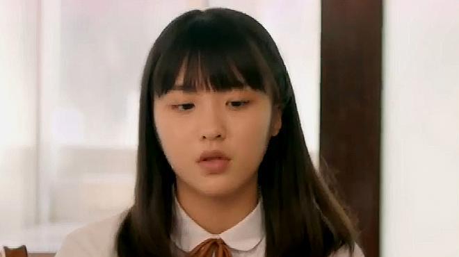 差等生乔曦:阳阳在唱歌,意外发现乔曦的耳洞