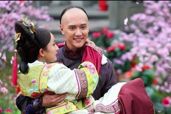 纪凌尘海陆一起拍戏了,撞脸刘恺威,造型神似《延禧攻略》