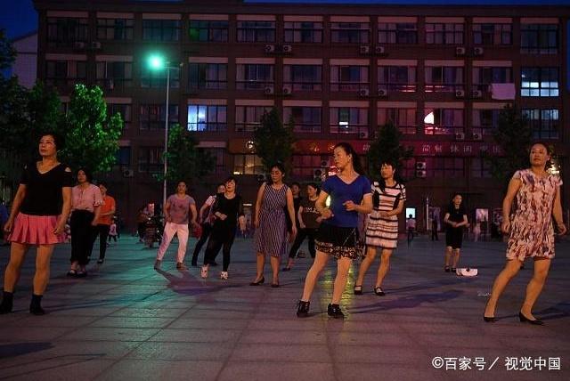 60岁阿姨跳广场舞时突发脑梗,医生:脑梗祸根找到了,很多人都有