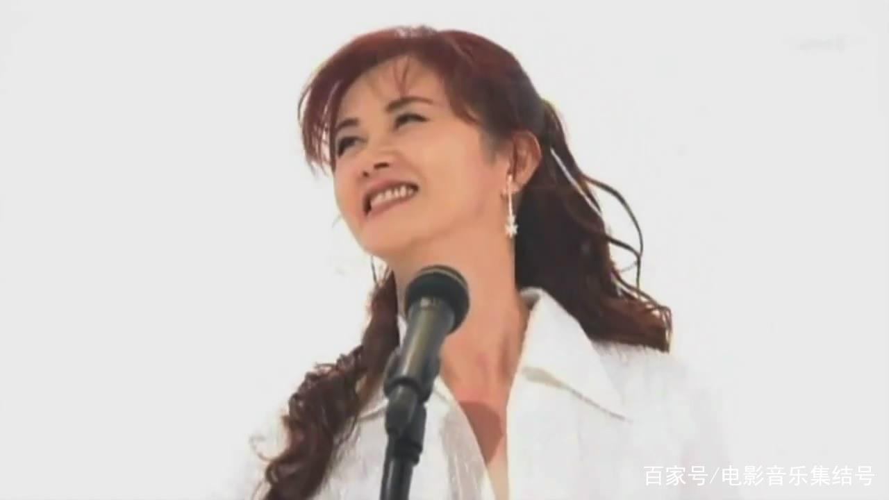 日本国宝级歌姬中岛美雪清新写真美图