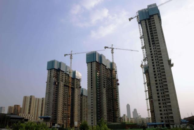 专家称房地产市场前景广阔,还有两亿农民要进城买房,你怎么看?