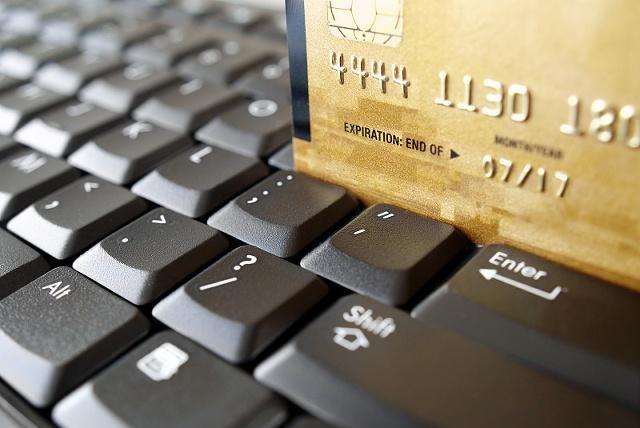 请慎重使用信用卡这2种还款方式