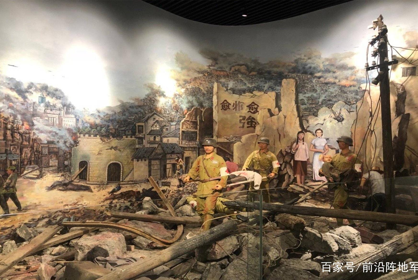 深圳女孩到美国参军,所在部队曾虐待逼死华人,经常集体投降