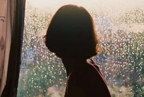 表示对一个人心寒的句子,写者伤心,看者流泪!