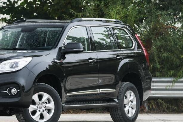 国产硬派SUV!出口北美常断货,十年耐造没的说,诚意满满暖心窝
