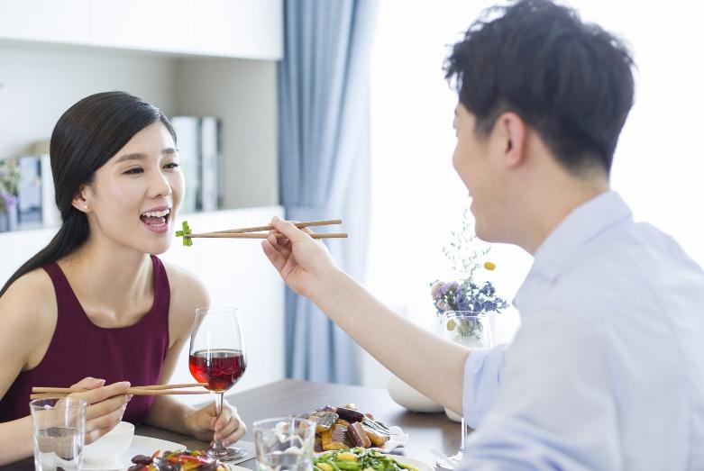 """一个男人,敢在你的面前出现""""弱点"""",意味着他把你当成老婆了"""