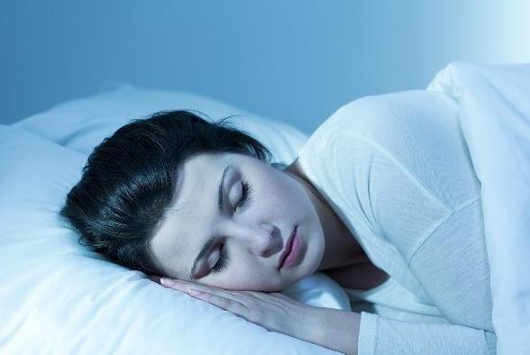 女子到50岁后,总凌晨3点醒来,很难再睡着,与哪些原因有关呢?