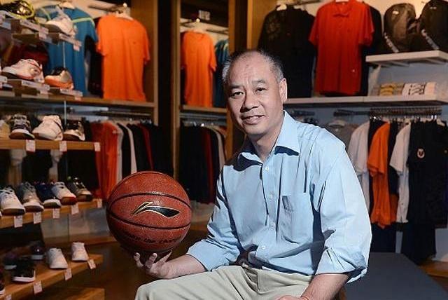 中国运动鞋黑马诞生:并肩安踏和李宁,全国设有6200家门店!