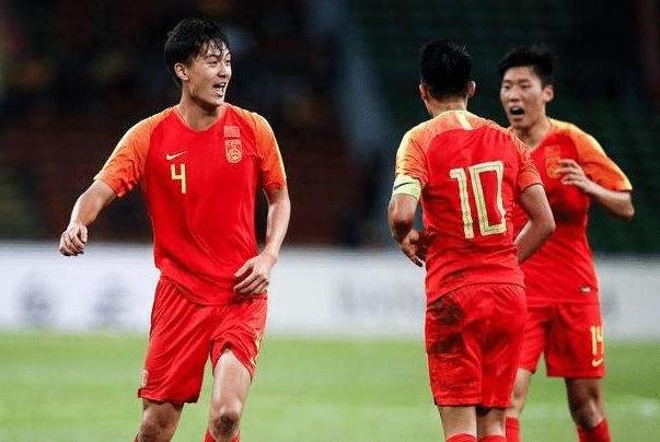进乌龙球还重奖30万?网友:难怪中国足球越来越臭!