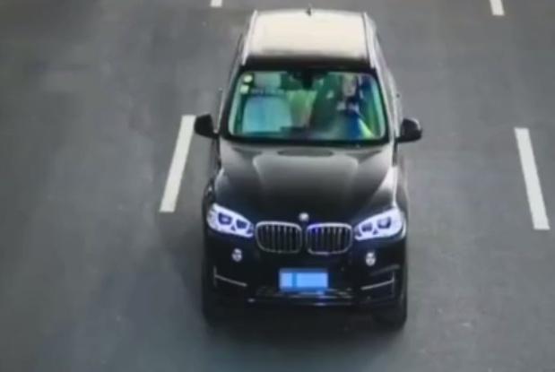 开车中男司机、女司机都做了啥?被罚款、记分还要遭受热议