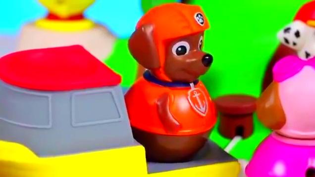 趣玩具:玩玩小猪佩奇不倒翁,小公主玩具摸摸搞笑