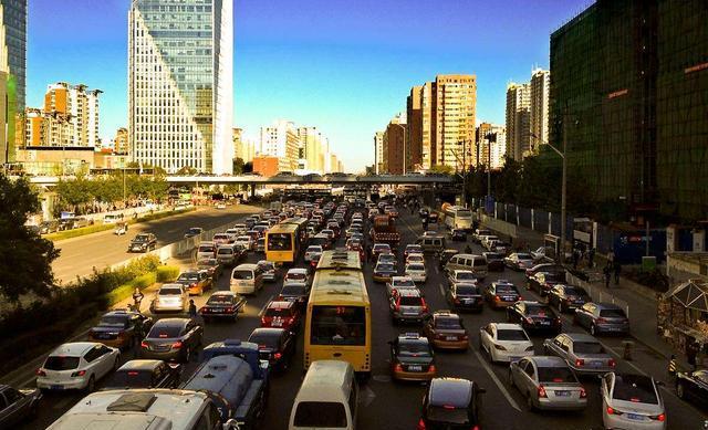 汽车以多少的速度行驶,油耗最低?