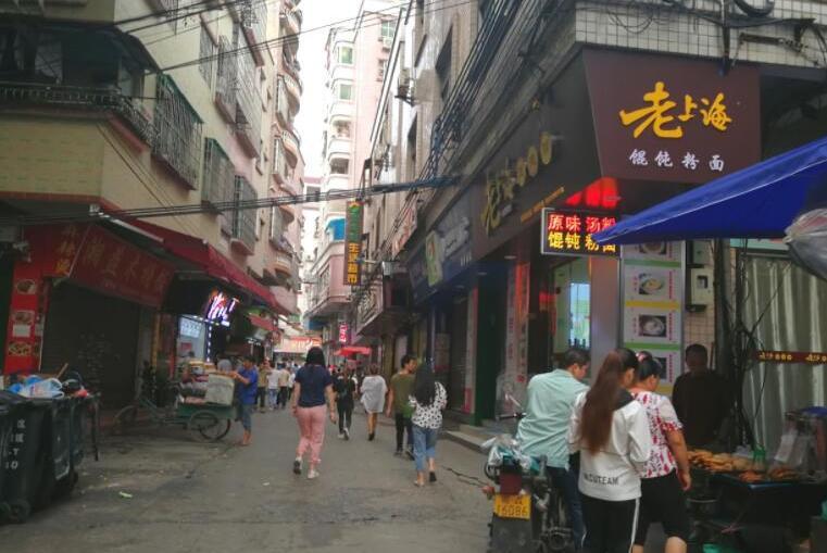 广州6点钟的城中村:所有的繁华,只属于在这座城市打拼的打工者