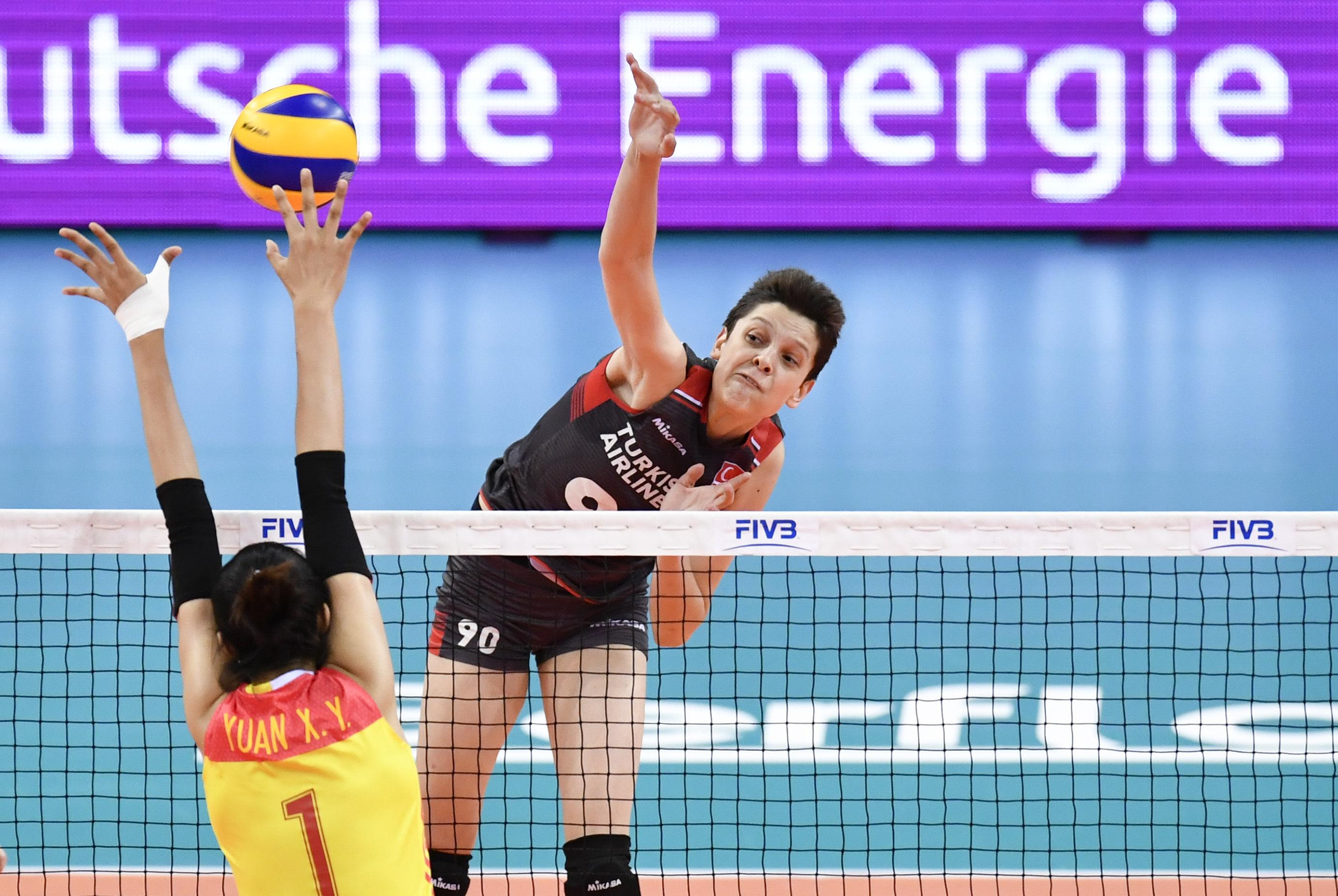 国际排联点名女排5大新星 李盈莹榜上有名 重点提到她单场得45分