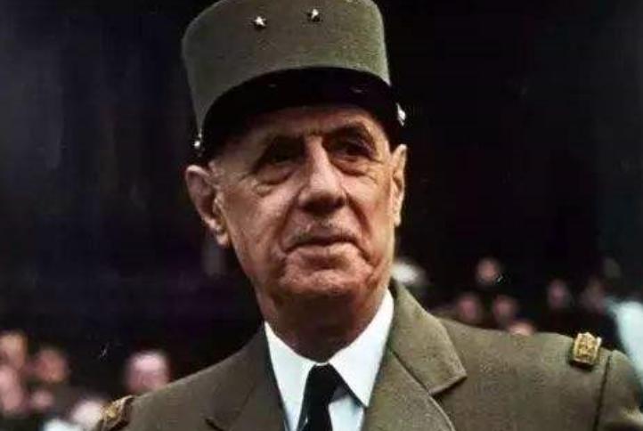 最伟大的法国人,去世时我国为其降半旗,至今被中国人怀念