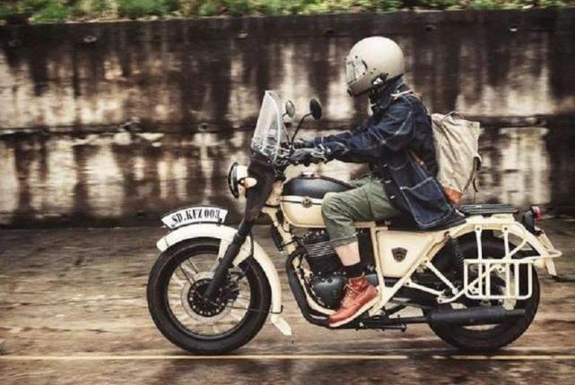 军旅硬汉摩托车,大单缸发动机445CC排量,就是地面适应力差