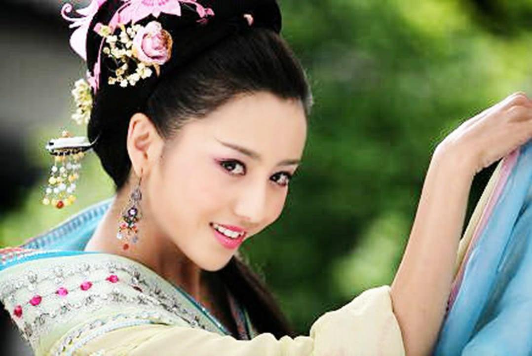 汉代维多利亚的秘密:礼制之下的含蓄美,彰显汉代风情